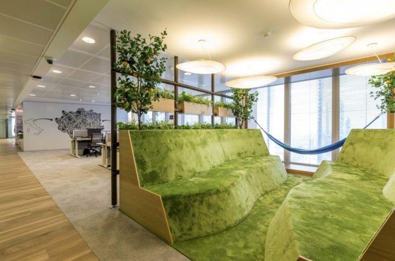 Gli uffici di LinkedIn a Milano
